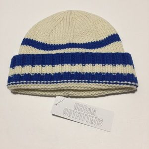 Urban outfitters blue and ivory beanie one size